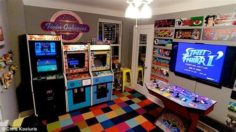 y games in the bedroom new york man turns bedroom into 80s style arcade