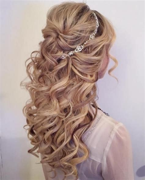 Quinceanera Hairstyles With Curls by Hairstyles To The Side With Curls For Quince Www Imgkid
