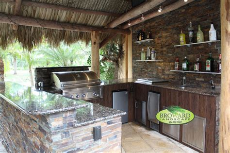 Tropical Outdoor Kitchen Designs Outdoor Kitchen Tropical Patio Miami By Broward Landscape Inc