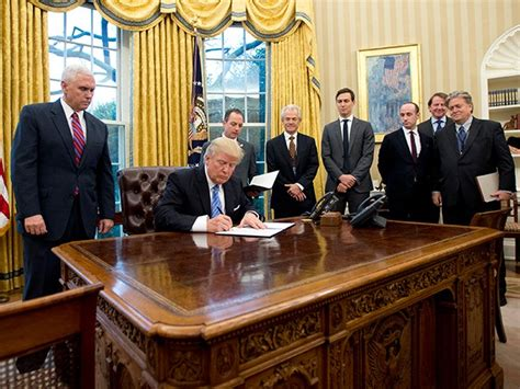 trump in oval office president trump kills tpp once and for all with executive