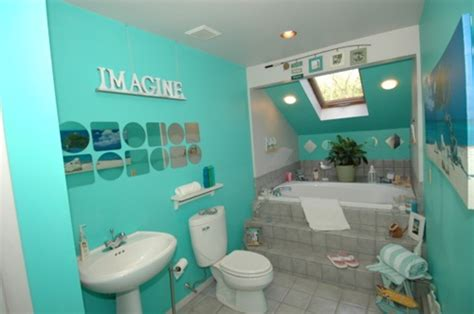 designing a tropical bathroom colors accessories and theme interior design