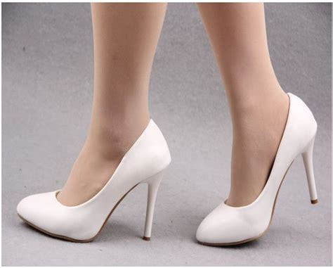 white high heels pumps 25 best ideas about white high heels on white