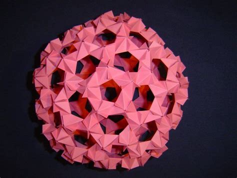 Virus Origami - buckyball 210 edges phizz variant 3 virus