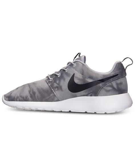 nike s roshe run print casual sneakers from finish