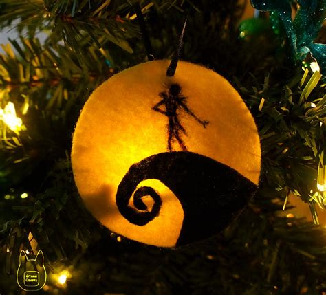 The Nightmare Before Ornaments - otaku crafts nightmare before ornament