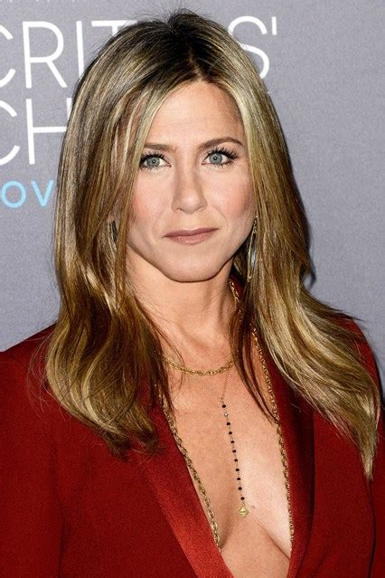 what is the hot hair for 2015 jennifer aniston hair styles celebrity hair styles the