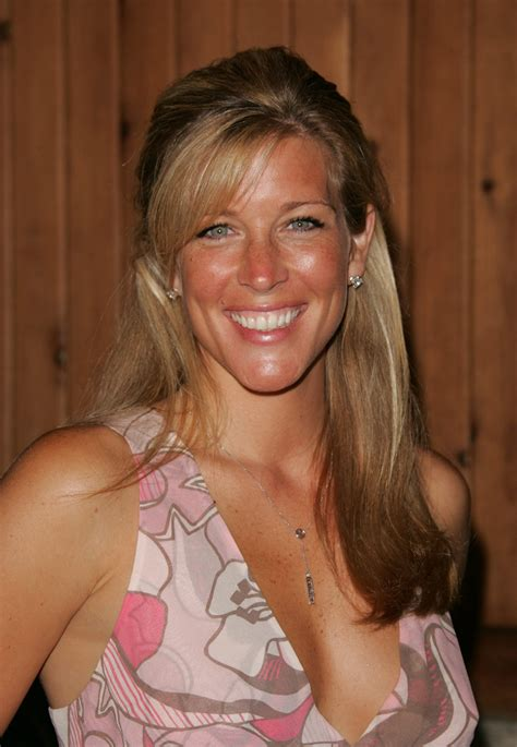 wright hair styles general hospital see general hospital star laura wright s hottest