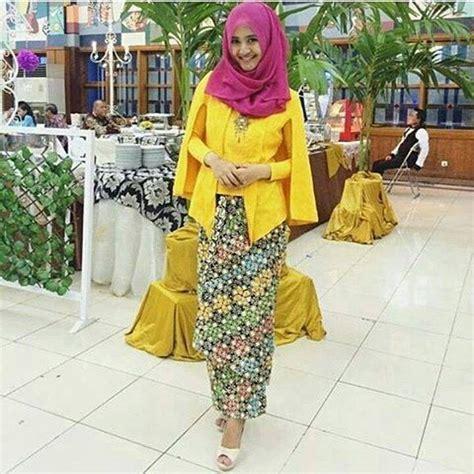 Batik Prada Songket Dan Embos kumpulan gambar model baju kebaya batik gaun pesta modern