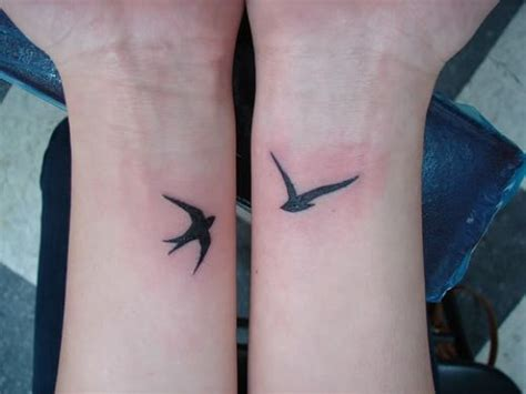 swallow bird tattoo on wrist usa news bird designs for