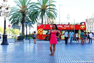 Comfortable Walking Shoes Women La Rambla Barcelona Spain Best Travel Guide Famous