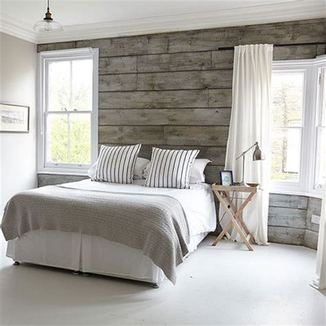 wood plank accent wall walls to hold me up pinterest home dzine bedrooms diy plank wall in a bedroom