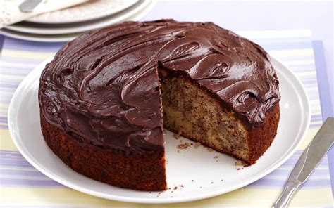 best chocolate frosting for cake banana cake with chocolate frosting