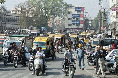 traffic  people cars  motorbikes   street