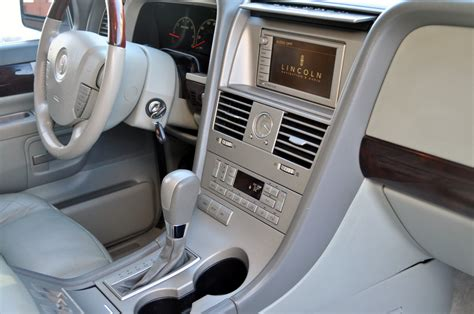 2003 Lincoln Aviator Interior by Picture Of 2003 Lincoln Aviator 4 Dr Std Awd Suv Interior