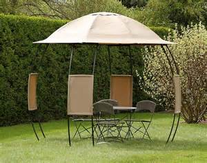 Small Pop Up Gazebo With Sides by How To Choose A Perfect Beach Gazebo For Places Near The