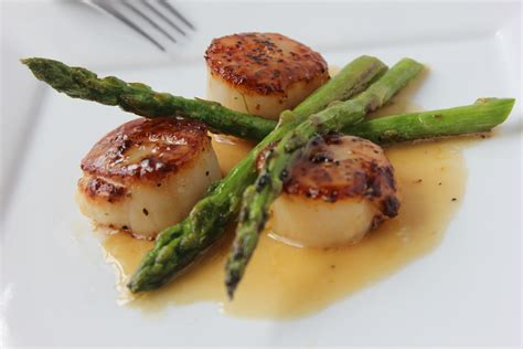 pan seared scallops with asparagus and baby leeks recipe dishmaps