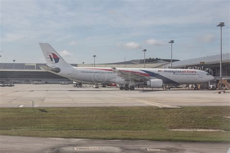 economy traveller travel reviews airfare best seat guides and airline news for the