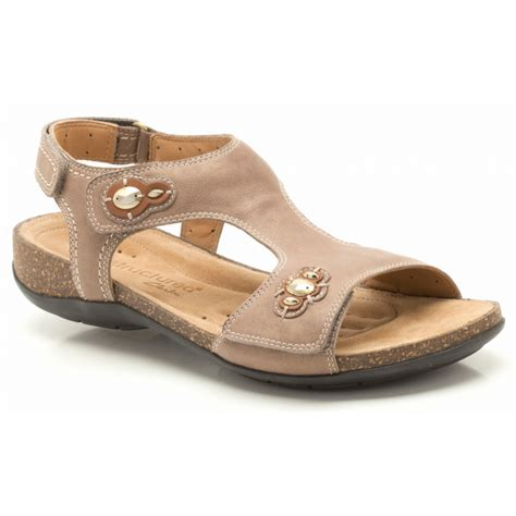 clarks sandals clarks un courier light grey leather sandal