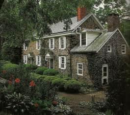 new england farmhouse plan homes pinterest best 25 stone houses ideas on pinterest stone exterior