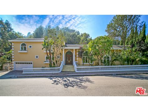 Bel Air Valley Detox Encino by 1153 Roscomare Rd Los Angeles Ca Semprevivo Properties