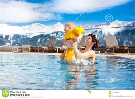Best Seller Baby Spa Swimming Pool Kolam Spa Bayi Per outdoor spa stock photos royalty free pictures
