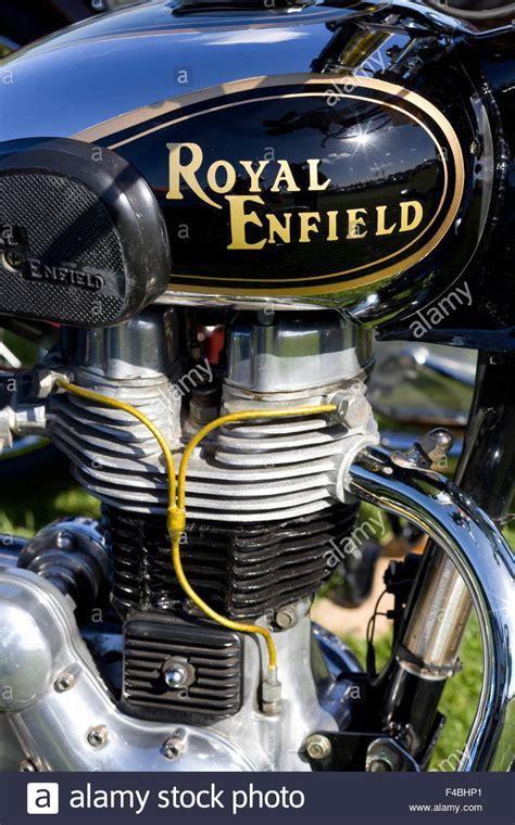 Oldtimer Motorrad Royal Enfield by Royal Enfield Klassische Britische Oldtimer Motorrad