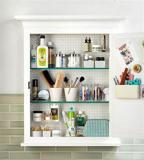 organizing bathroom cabinets best 25 bathroom medicine cabinet ideas on pinterest