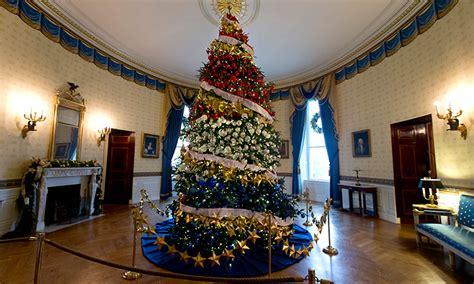 white house virtual tour take a 360 176 virtual tour of the white house s holiday decorations highsnobiety