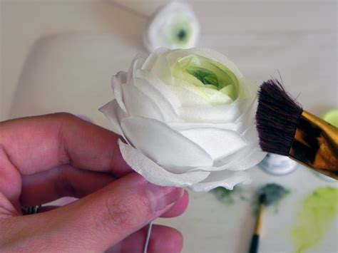 How To Make Wafer Paper Flowers - wafer paper ranunculus tutorial cakecentral