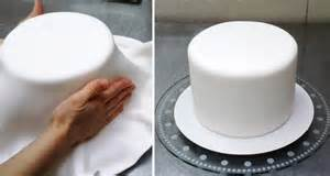 how to cover a cake with fondant by cakesstepbystep