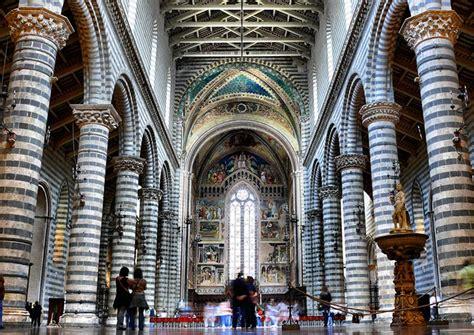 duomo di orvieto interno duomo di orvieto architettura gotica affrescata da luca