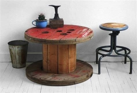 ideas for pallet round tables pallet ideas recycled