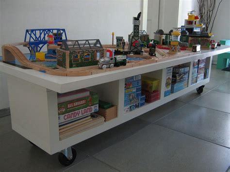 Ikea Hacks Kinderzimmer Spieltisch by Ikea Hack Kinderspieltisch Aus Einem Regal Bauen