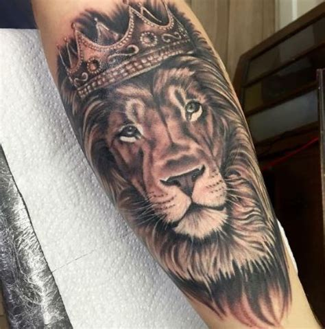 50 royal king tattoos designs and ideas for men 2018