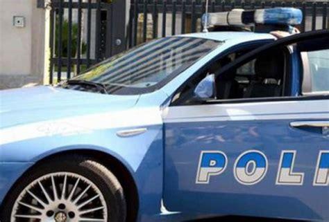 ufficio postale torre greco torre greco spara a direttrice poste