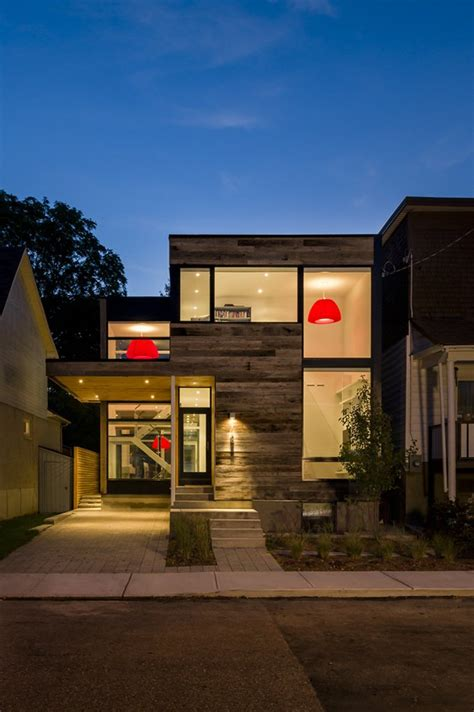 minimalist zen like barn with external cladding in ottawa