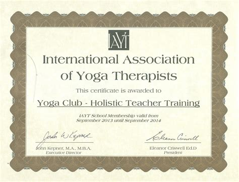 therapeutic yoga certification with yoga club rys member
