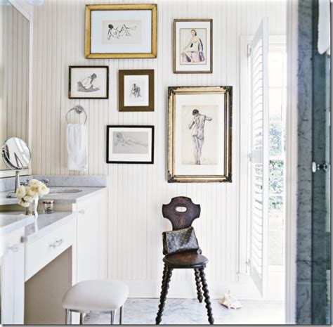 Roomations create an inviting bathroom