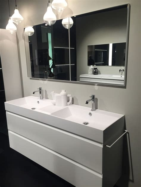 long bathroom mirrors how to bring out the best in your home decor using mirrors