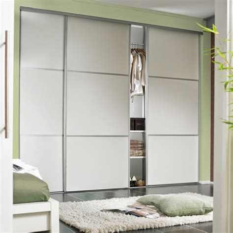 Sliding Door Tracks For Wardrobes by Wardrobe Sliding Fitting For 3 Doors Overlap 70 Kg With