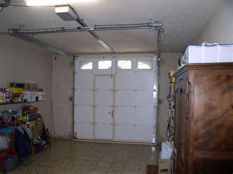 installer une porte de garage basculante fabrication et pose d une porte sectionnelle motoris 233 e 224