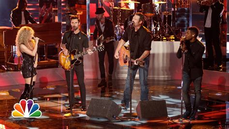 shelton country on the radio captured in the live usher shakira shelton and adam levine quot with a