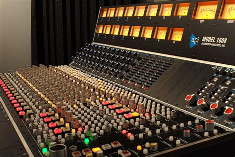 apis console valley recording company equipment spec los angeles