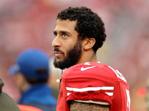 is colin veteran noah galloway scolds colin kaepernick for sitting