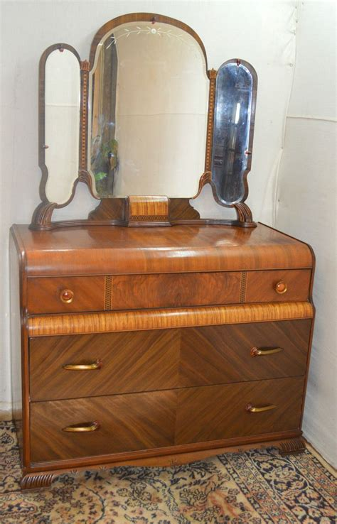 bedroom vanity dresser deco waterfall style dresser vanity with mirror part of 4 pc bedroom set