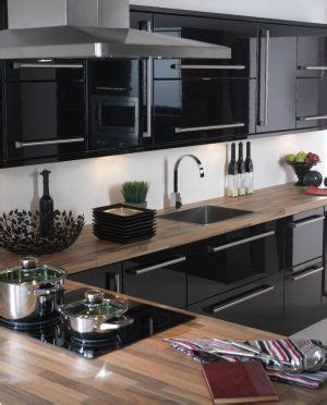 glossy black kitchen cabinets best 25 high gloss kitchen doors ideas on pinterest