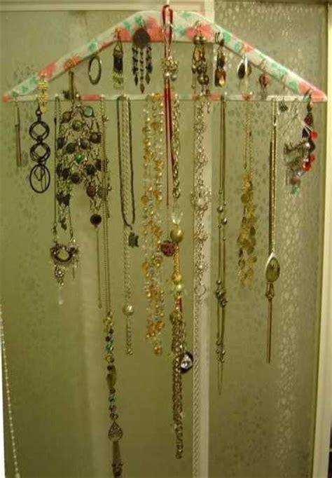 Handmade Jewelry Organizer - 20 diy bedroom organizers enhancing recycling ideas with