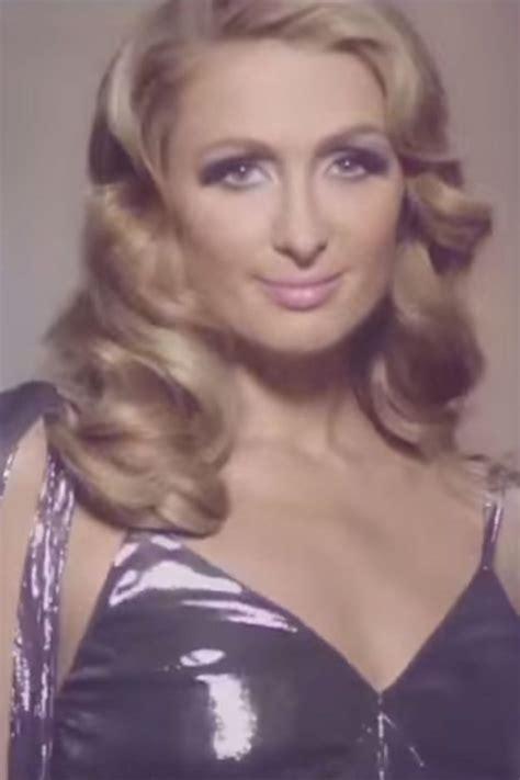 wigs for women over 60 ct paris hilton shocks fans with bizarre beauty collaboration