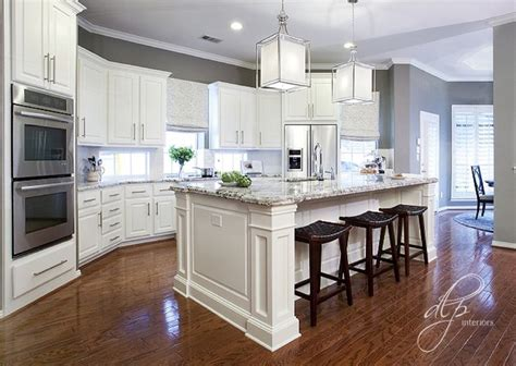 white cabinets gray walls 25 best ideas about grey kitchen walls on pinterest