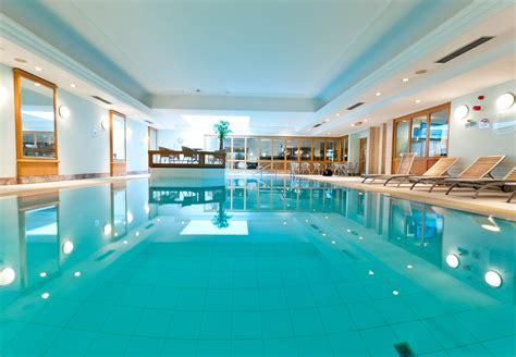 light tour near me class fitness indoor pool renaissance brussels hotel